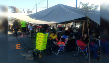 Tomas continue developing the sit-in in Morelia by the CNTE and the train