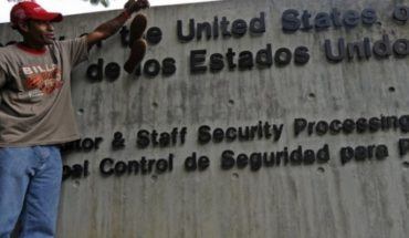 What if USA disobeys the order of Maduro and his diplomatic staff refuses to leave Venezuela?