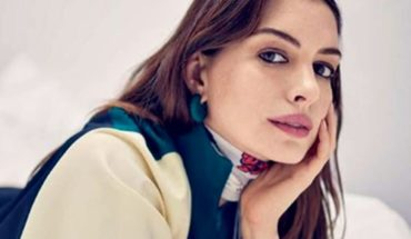 Why Anne Hathaway decided to stop drinking for the next 18 years?