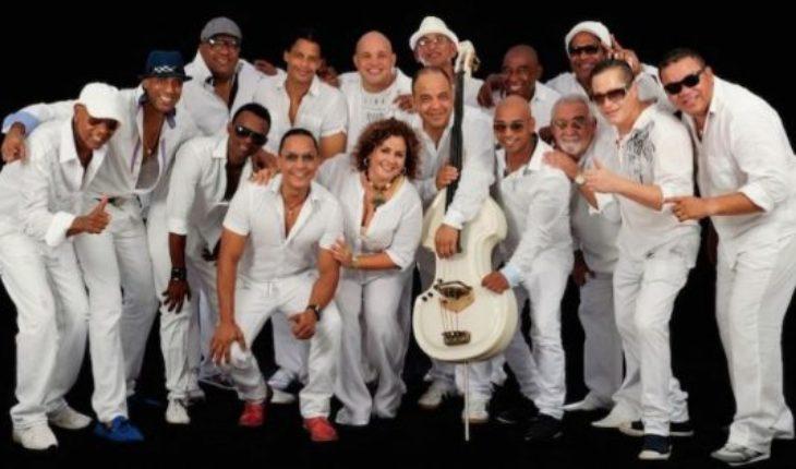 """""""Los Van Van"""": La más importante banda de salsa del mundo llega a Womad Chile"""