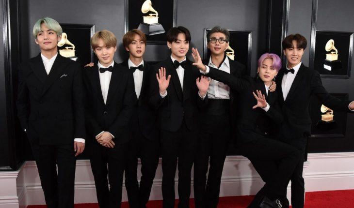 BTS se apodera de la alfombra roja de los Premios Grammy (VIDEO)