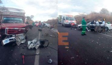 Choque en la Autopista Siglo XXI deja un muerto y tres heridos