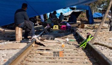 Decide sector indígena de la CNTE liberar vías del tren