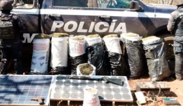 Desaparecen cinco policías de Tuzántla y en su búsqueda aseguran droga y armas