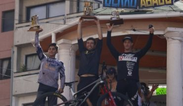 """El chileno Pedro Ferreira ganó la 17 edición de """"Valparaíso Cerro Abajo"""""""