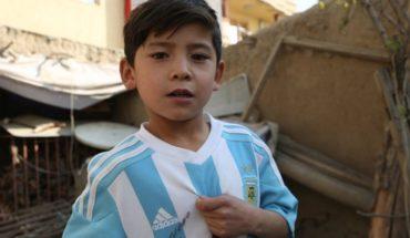 El niño afgano fanático de Messi se convirtió en objetivo de los Talibanes