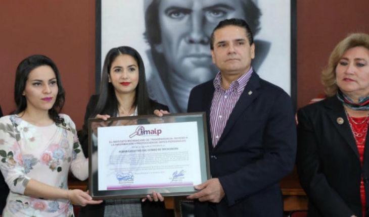 """IMAIP califica como """"100% transparente"""" al gobierno de Silvano Aureoles"""
