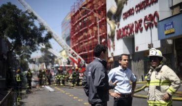 Incendio en Barrio Meiggs: quedan más de 1.000 metros cuadrados con riesgo de derrumbe