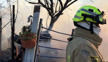 Incendio en Santa Catarina, Nuevo León, consume varios techos