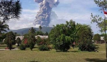 Indonesia establece el estado de emergencia tras erupción en Célebes