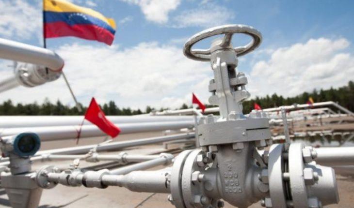 """Maduro pide a la OPEP apoyo frente a """"intrusión ilegal y arbitraria"""" de Estados Unidos"""