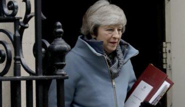 May sufre humillante revés en el Parlamento por el Brexit