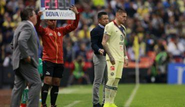 Nicolás Castillo debutó por el América en dura derrota ante León de Jean Meneses