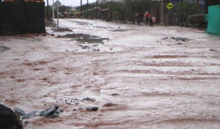 Piñera interrumpe sus vacaciones y anuncia viaje a Arica por fuertes lluvias que azotan la región