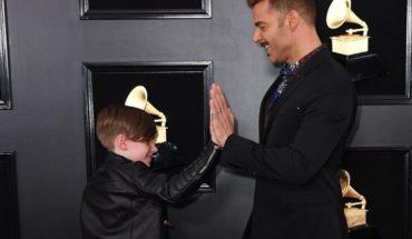 Ricky Martin y su hijo Matteo enamoran en los Grammy (VIDEO)