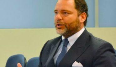 """Rosselot, el autodefinido como """"dentro de los 50 mejores abogados de Chile"""", enfrenta investigación por desacato y violencia intrafamilar"""