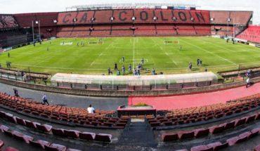 Síntomas de dengue en Colón: club cerrado e instalaciones fumigadas