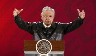 AMLO ofrece diálogo pacífico en México a Maduro y Guaidó