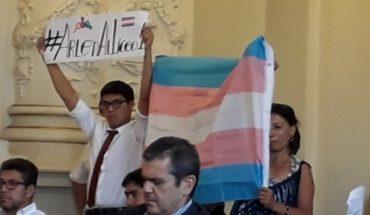Caso Arlén Aliaga: ahora el Mineduc y la municipalidad de Santiago le dan todo su apoyo a la joven trans