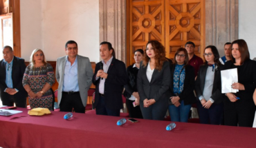Congress of Michoacan provides scholarships to students of excellence
