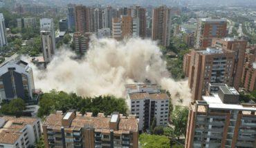 Demuelen edificio que fue fortín de Pablo Escobar