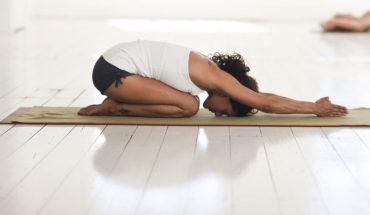 """Experta enseña paso a paso a unirse a la moda """"yoga skin"""""""