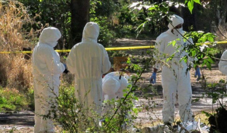 Hallan dos cadáveres en una brecha de Salvador Escalante, Michoacán