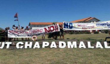 Macri traveled to Chapadmalal for his birthday and was greeted with protests