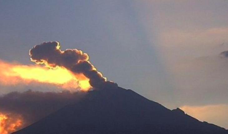 Protección civil se presenta en municipios vecinos al Volcán Popocatepetl