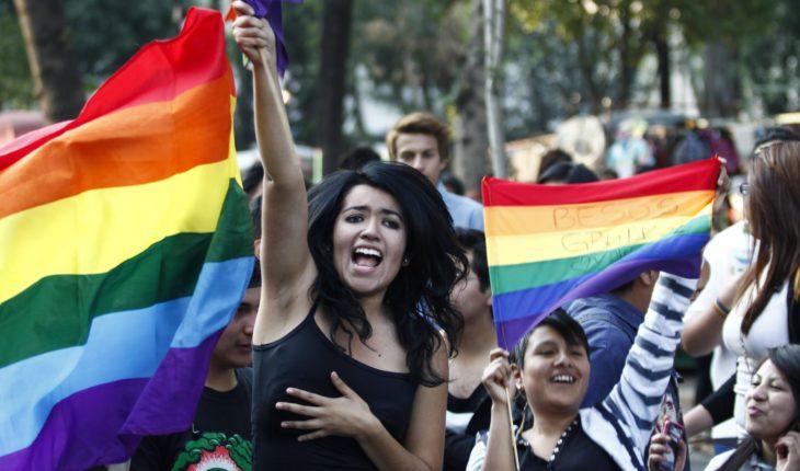 SCJN invalida artículos que impiden matrimonio igualitario en NL