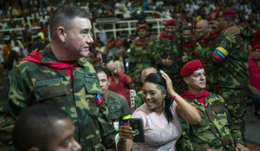 Socialist Venezuelan leader aviva support program on tv