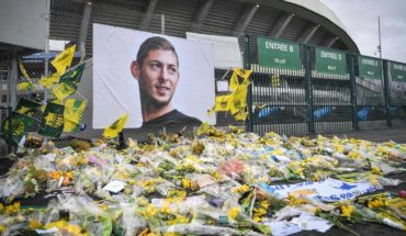 The Champions League and the Europa League honor to Emiliano Sala