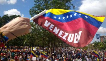 Thousands of Venezuelans March against Maduro