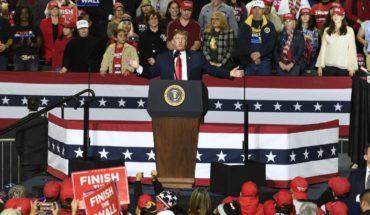 Trump travels to El Paso and EL PASO, Texas, USA (AP) - mocks O'Rourke