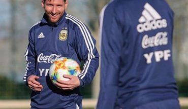 ¿Lo viste sonreír? Las fotos que demuestran que Leo Messi es feliz en la Selección Argentina