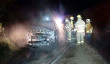 Alcalde de Juchitán, Oaxaca sufre atentado en carretera e incendian su auto