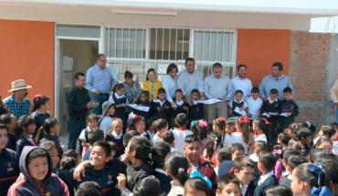 Ayuntamiento de Morelia inaugura aulas, baños y una barda perimetral