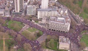 Brexit: la marcha masiva en Londres para pedir que la población tenga la decisión final sobre la salida de Reino Unido de la Unión Europea