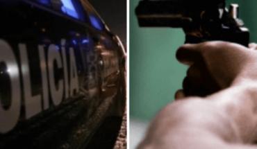 Detienen a tres hombres y una mujer por robo con violencia en EdoMex