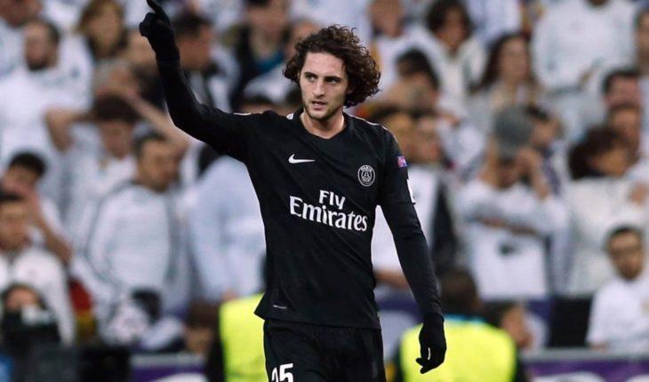 El PSG suspende de manera cautelar a Adrien Rabiot hasta finales de marzo