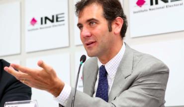 El presidente del INE tramitó un amparo para mantener su elevado salario