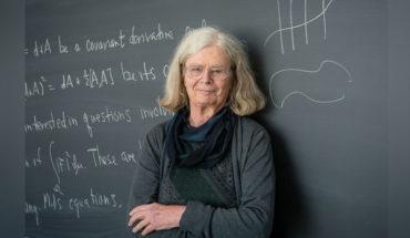 La norteamericana Karen Uhlenbeck, primera mujer en ganar el premio Abel, considerado el Nobel de las matemáticas