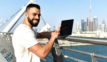 Millonario de 26 años busca asistente personal para viajar por el mundo