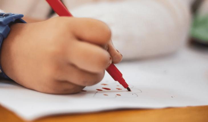 Niño de tres años sufre presunto abuso de su maestra de kínder