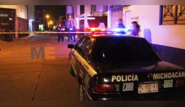 Tocaron a su puerta y cuando salió, lo mataron de al menos cinco balazos, en Uruapan, Michoacán