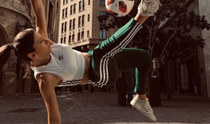 Chilean soccer freestyle champion will be part of the cast of Cirque du Soleil