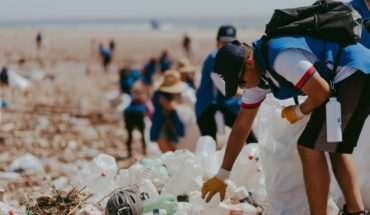 Cleaning day withdrew hundreds of kilos of plastic on the beaches of Arica after floods