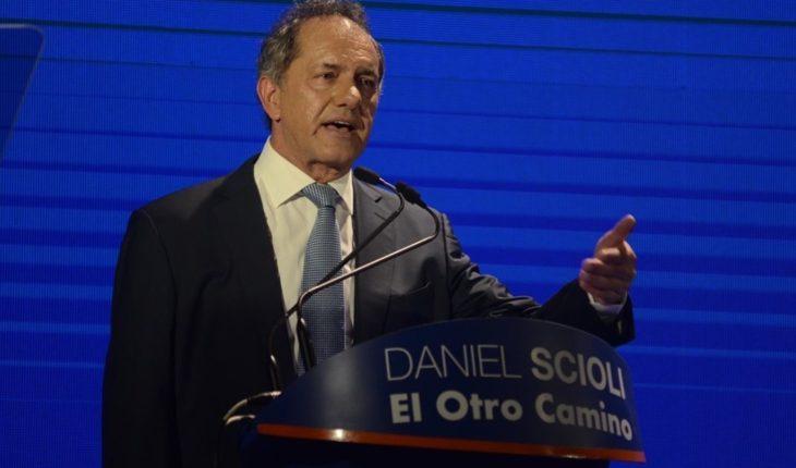 """Con críticas a Macri, se lanzó Scioli: """"Ellos ganaron y Argentina perdió"""""""