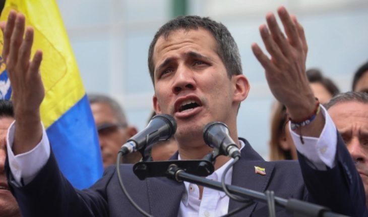 """Contraloría inhabilita a Guaidó y el presidente encargado acusa una """"farsa"""""""