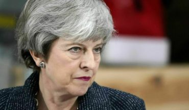 Could thwart Brexit if not approved agreement, says May